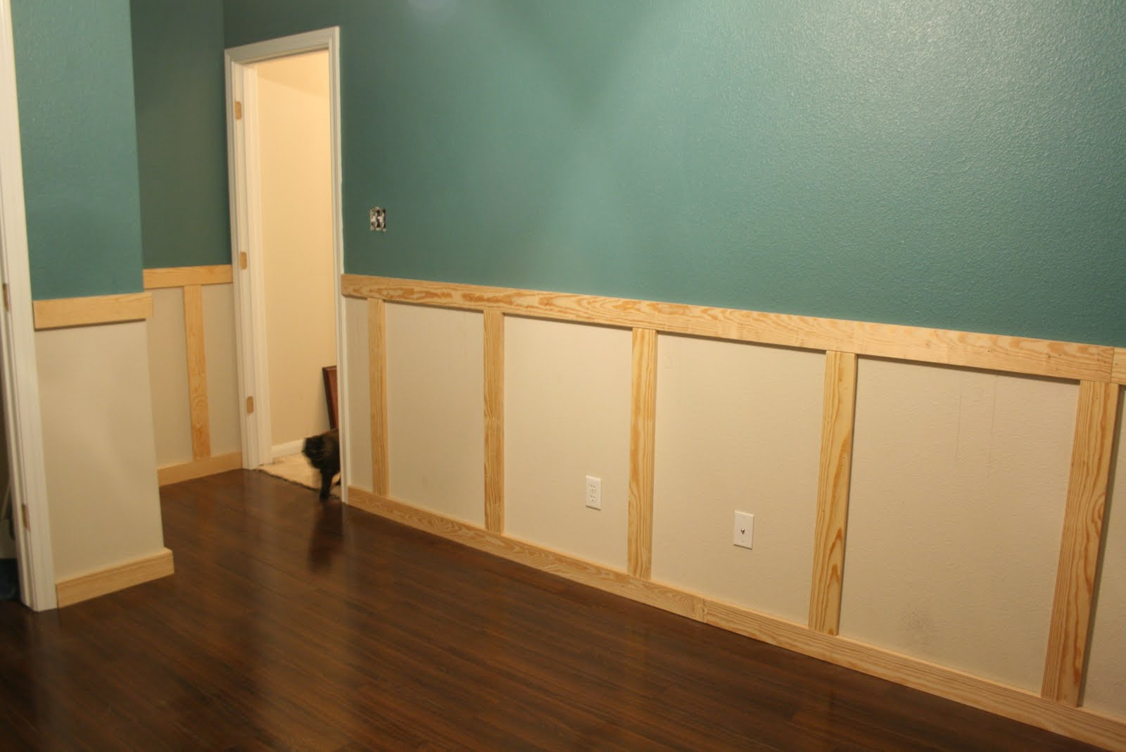Wainscoting installation stage 1 Images of wainscoting in bedrooms