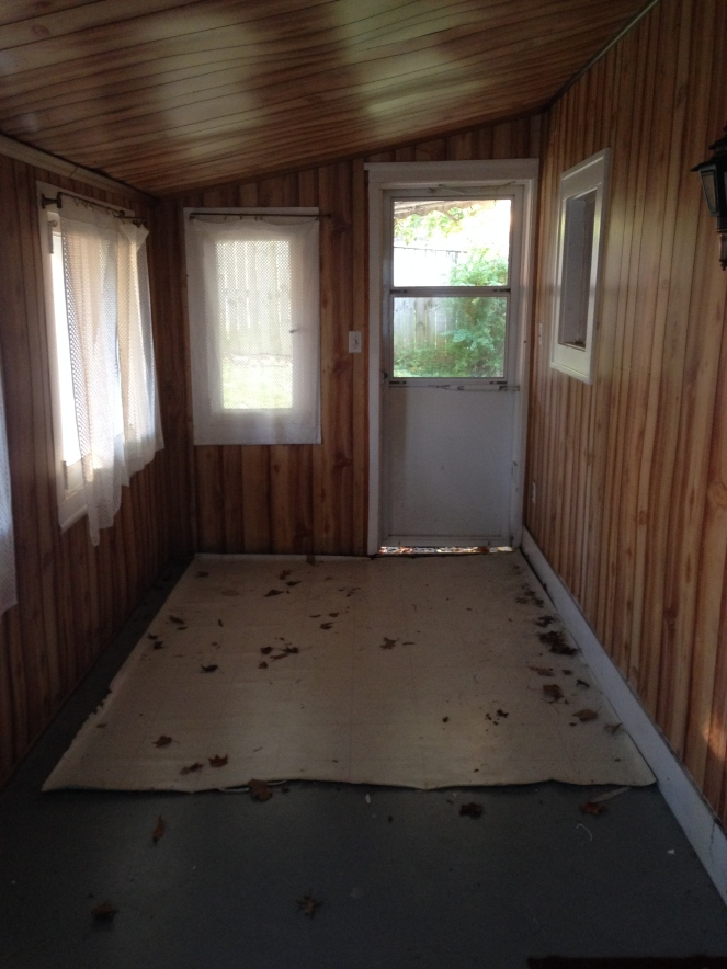 Enclosed Porch/Entryway